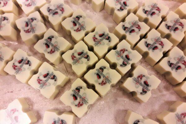bedrijfslogo-op-chocolade